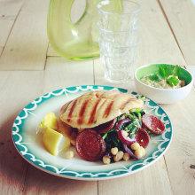 pita gezond met kikkererwten en citroen