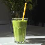 groene-smoothie-met-mango-naareigensmaak
