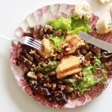 salade-met-gebakken-brie-en-walnoten