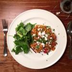 bruine bonen met tomatenrijst en feta naareigensmaak