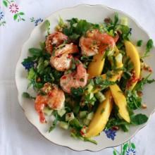 salade-met-gamba's-en-passievrucht